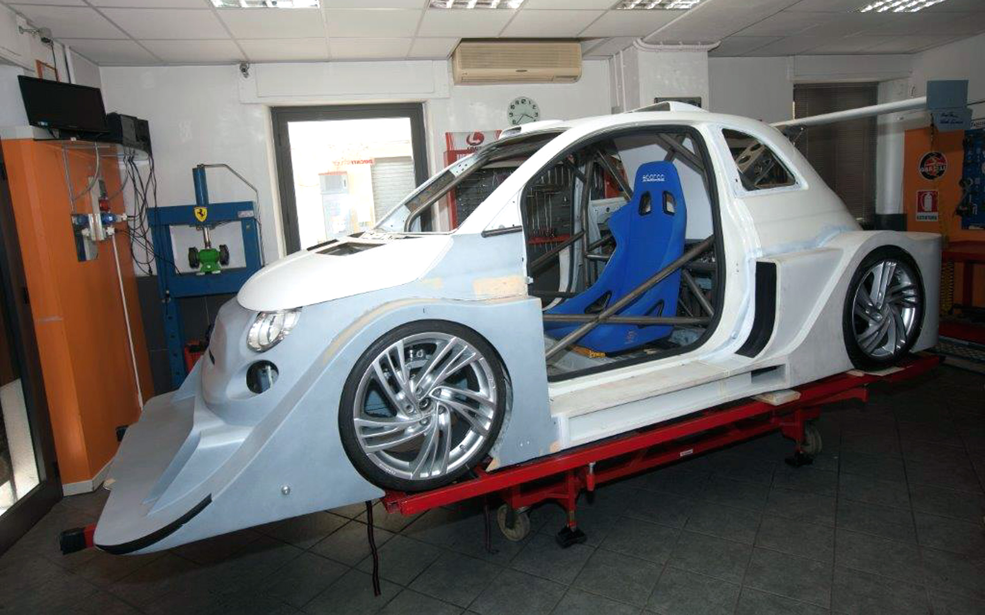 500 x12r abarth hybrid virtual tuning fiat 500 racing. Black Bedroom Furniture Sets. Home Design Ideas